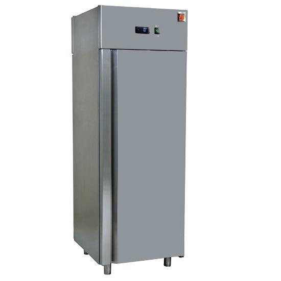 Refrigerador 700 litros en inox, GN 2/1, -2°/+8°C