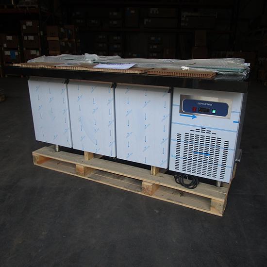 Kalte Theke 5x GN 1/1 h=150 mm mit Glasstruktur, 3-türig, Bautiefe 800/930 mm - BESCHÄDIGT