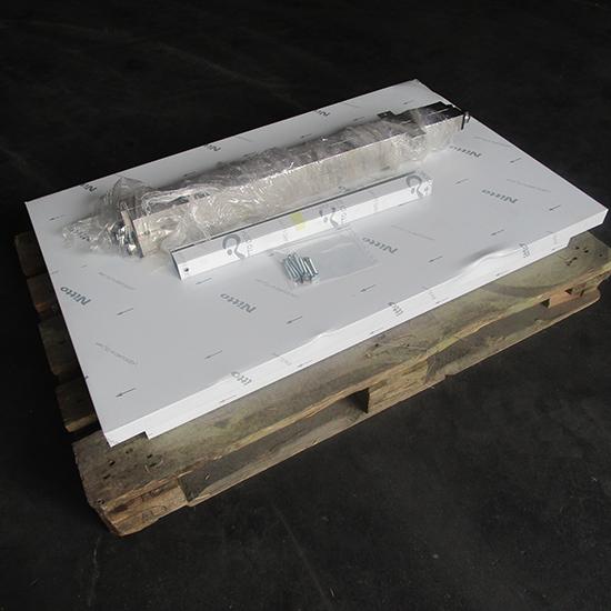 Arbeitstisch ohne Zwischenboden, ohne Aufkantung, 1100x700 mm - BESCHÄDIGT